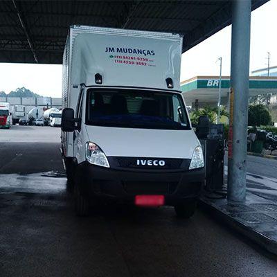 Mudanças e transportes de cargas em Barueri - (11) 4102-5737